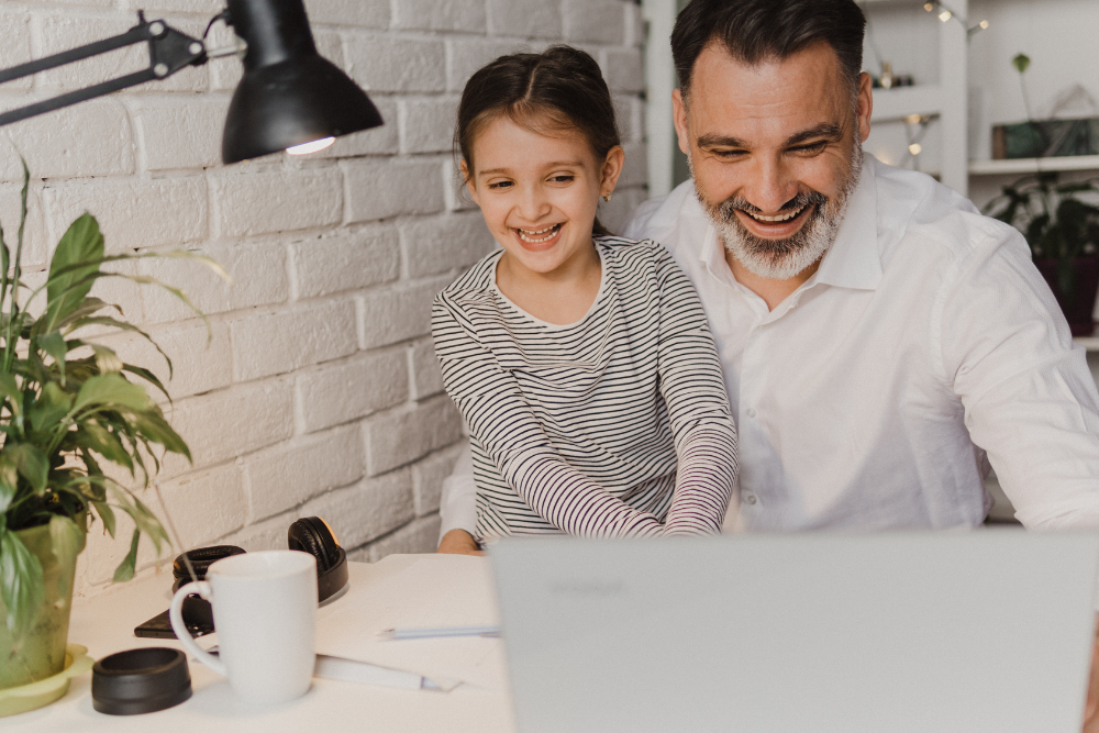 How Your Business Can Support Your Working Parent Employees