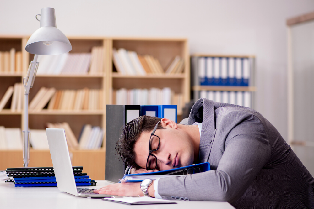 """Asleep on the Job: When You Have to Pay Employees for """"Unproductive"""" Time"""