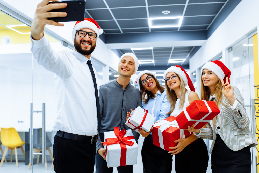 How to Handle Holiday Parties and Gift Cards So You Don't Get Scrooged